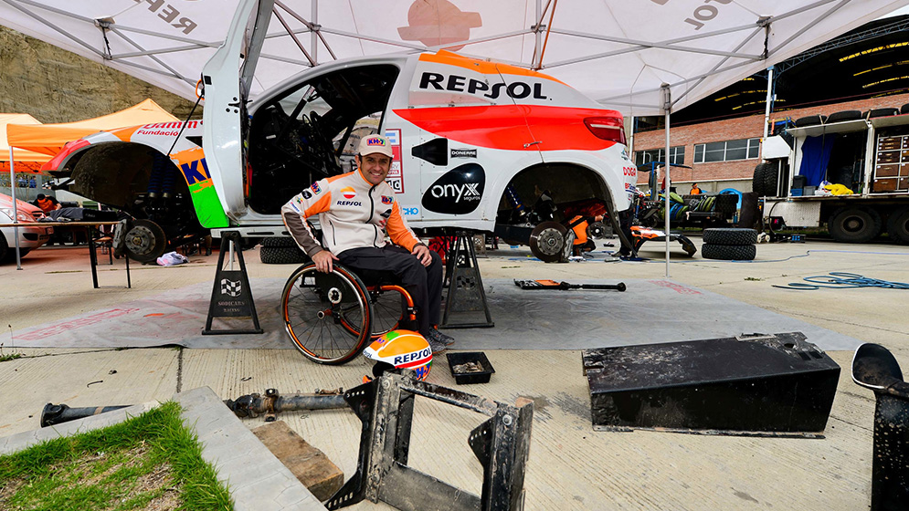 A day at Dakar with Isidre Esteve's Repsol Rally Team