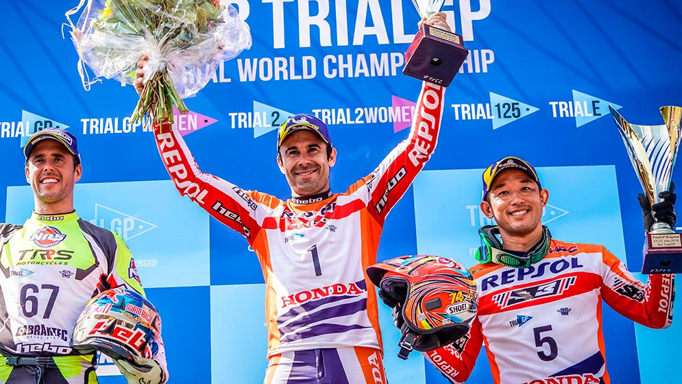 Victory for Toni Bou and a podium for Takahisa Fujinami