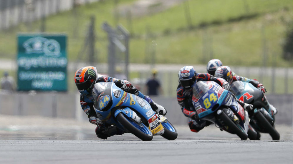 Tough weekend for Arón Canet and Alonso López